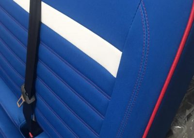 vw camper twin front seat, fluted, red white blue camper gallery CAMPER GALLERY vw camper twin front seat fluted red white blue 400x284