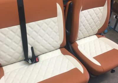 vw single and twin cab seats, twin Bentley stitching, brown and cream vinyl (1) camper gallery CAMPER GALLERY vw single and twin cab seats twin Bentley stitching brown and cream vinyl 1 400x284